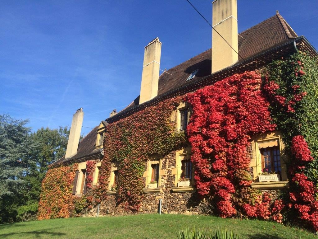 Domaine de Pessel retreats Autumn Tints